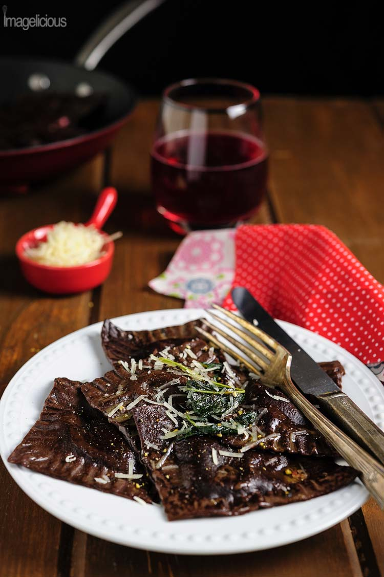 These Chocolate Ravioli with Ricotta-Beet Filling are beautiful, delicious, and healthy. Perfect for the Valentine's Day dinner or any other lazy weekend | Imagelicious